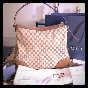 Gucci 3 months old authentic with dust bag